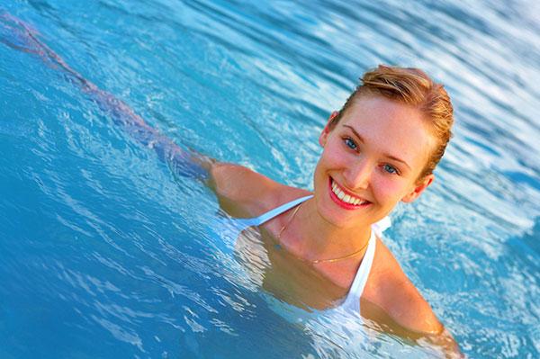 Bơi lội giúp giảm stress hiệu quả