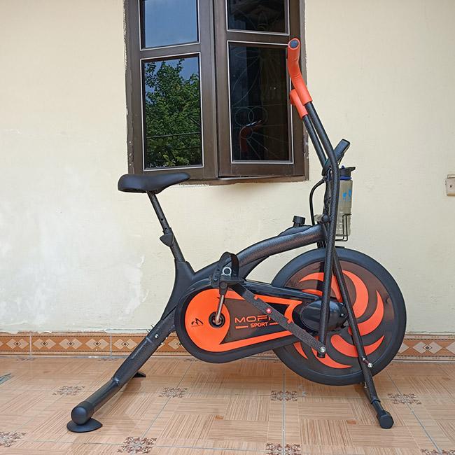 Ảnh thực tế Xe đạp tập thể dục MO 2060