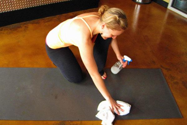 Cách bảo quản thảm tập yoga
