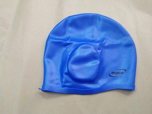 Mũ bơi trùm tai cho trẻ