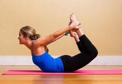 3 động tác yoga giảm đau lưng hiệu quả cho dân văn phòng
