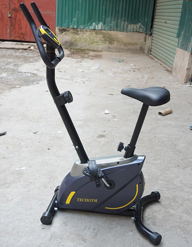 Hình ảnh thực tế xe đạp tập thể dục Techgym HQ-02