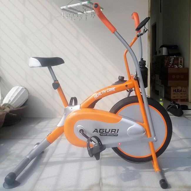 Hình ảnh thực tế xe đạp tập thể dục Aguri AGA-206PA