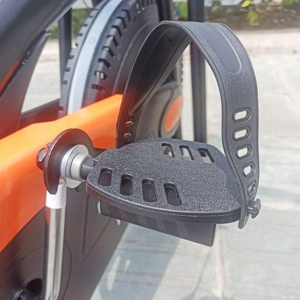 Bàn đạp xe đạp tập pro 168
