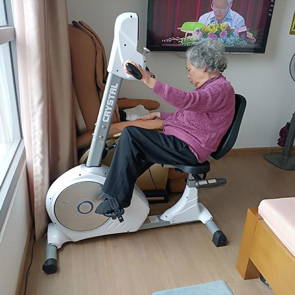Tại sao người già nên tập luyện bằng xe đạp tập thể dục?